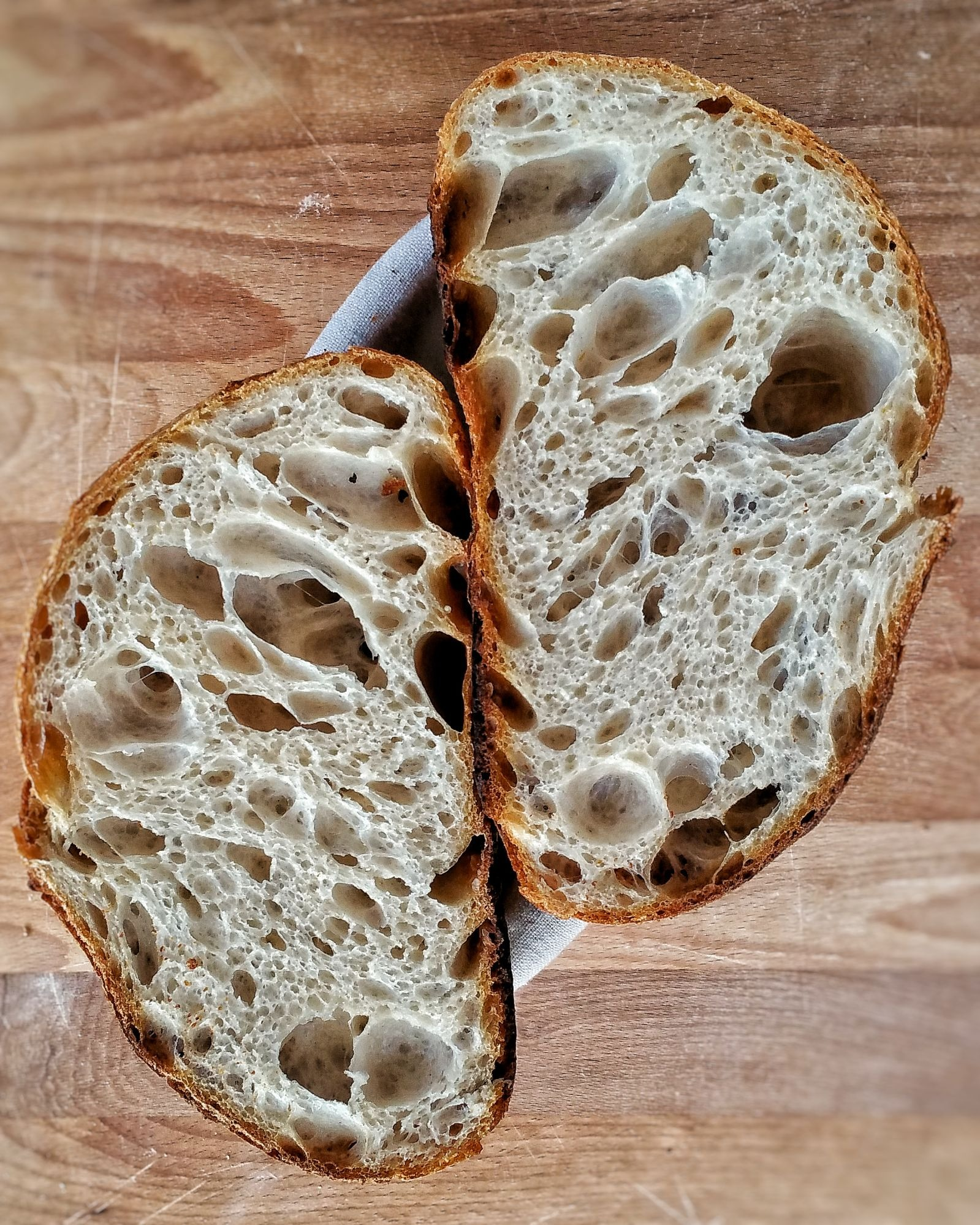 Pane con mollica aperta